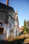 Es entsteht der Eindruck, dass der Abriss des hinteren Gebäudes ziemlich rücksichtslos durchgeführt wurde.