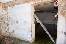Der Frost verursacht im nassen Mauerwerk erhebliche Schäden