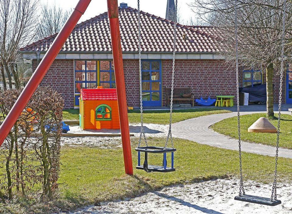 kindergarten-1322559_960_720.jpg