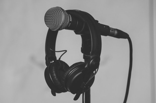 Borealis-Verlag und Wedel-Blog bieten die Möglichkeit zu Videokonferenzen und Videogrüßenan